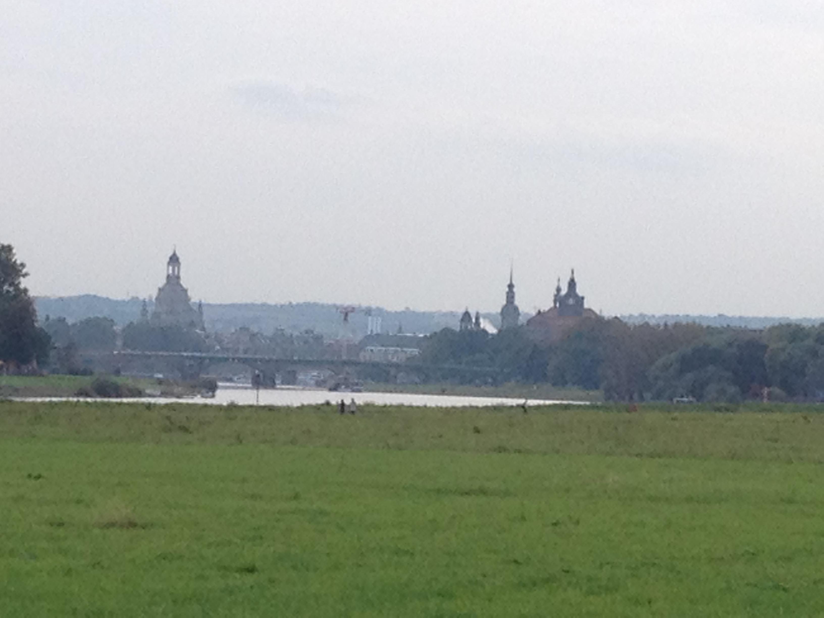 Stadt an der Elbe